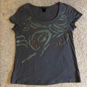 Women's Ann Taylor t-shirt.